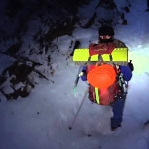 冬の唐沢の滝からの帰り道